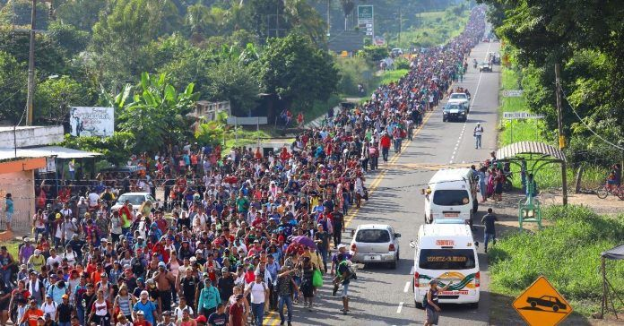 https://www.thechristianmail.com/wp-content/uploads/2018/10/migrant-caravan-grows-to-7200-makes-its-way-toward-u-s-696x364.jpg